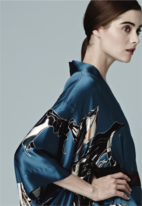 Meng-loungewear-luxury-womenswear-silk-prints-fashion-handdrawn-watercolour-detailed-abstract-3-blue-navy.jpg