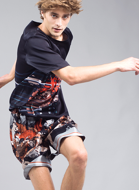 Meng-Loungewear-menswear-luxury-printed-silk-shorts-tshirt-black-orange-red4-fashion.jpg