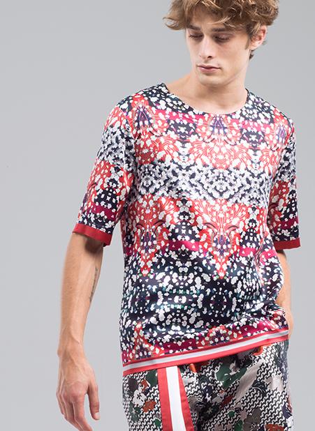 Meng-Loungewear-menswear-luxury-printed-silk-tshirt-shorts-red-black-geometric-14-fashion.jpg