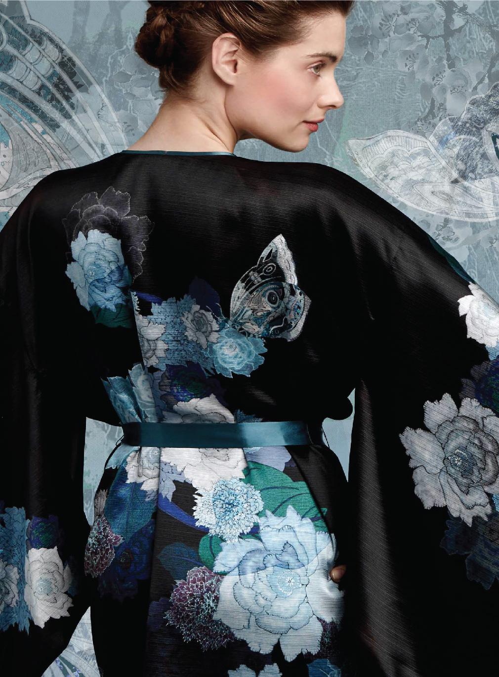 Meng-loungewear-luxury-womenswear-silk-prints-fashion-handdrawn-bloom-blossom-floral-butterfly-black-blue3.jpg