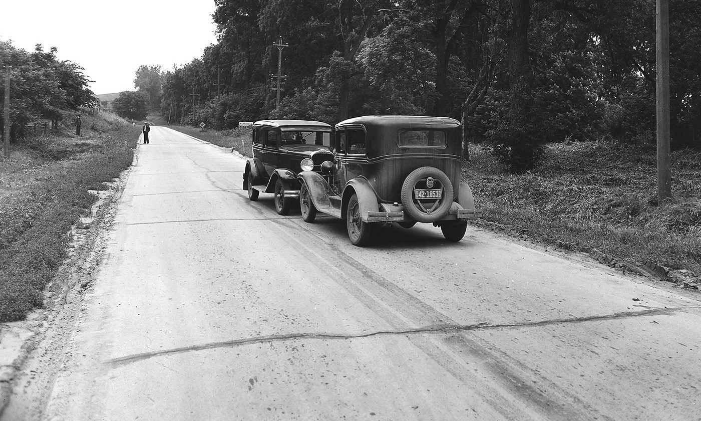 Look out! Head-on car crash in rural South Dakota in 1932. Eighty per cent of drivers rate themselves as above average.  Photo courtesy Wikipedia