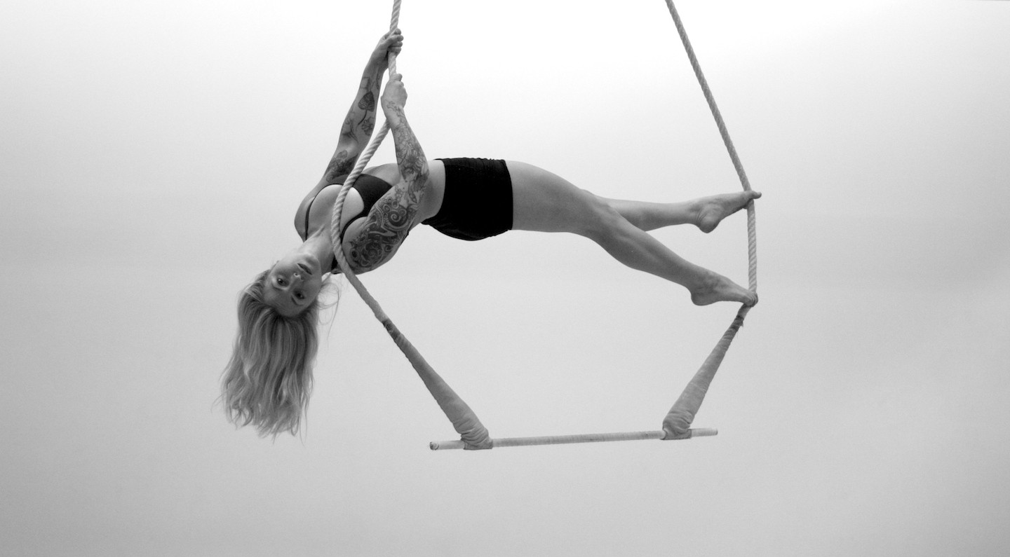 Kalina on Trapeze | Photo by Sean Malcolm