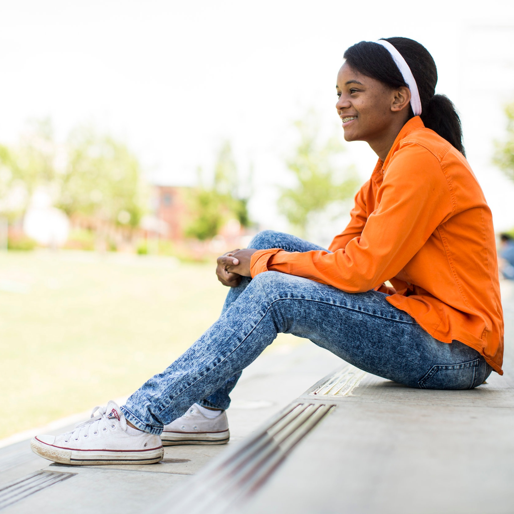 Programs for Schools - We are here to help diffuse a problem and help youth and their families connect with resources. We promote wellness, prevent suicide and connect youth and their loved ones with community-based care.