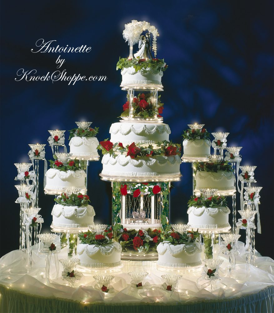 Antoinette-Winter-Wedding-Cake-Stand-1-877x1000.jpg