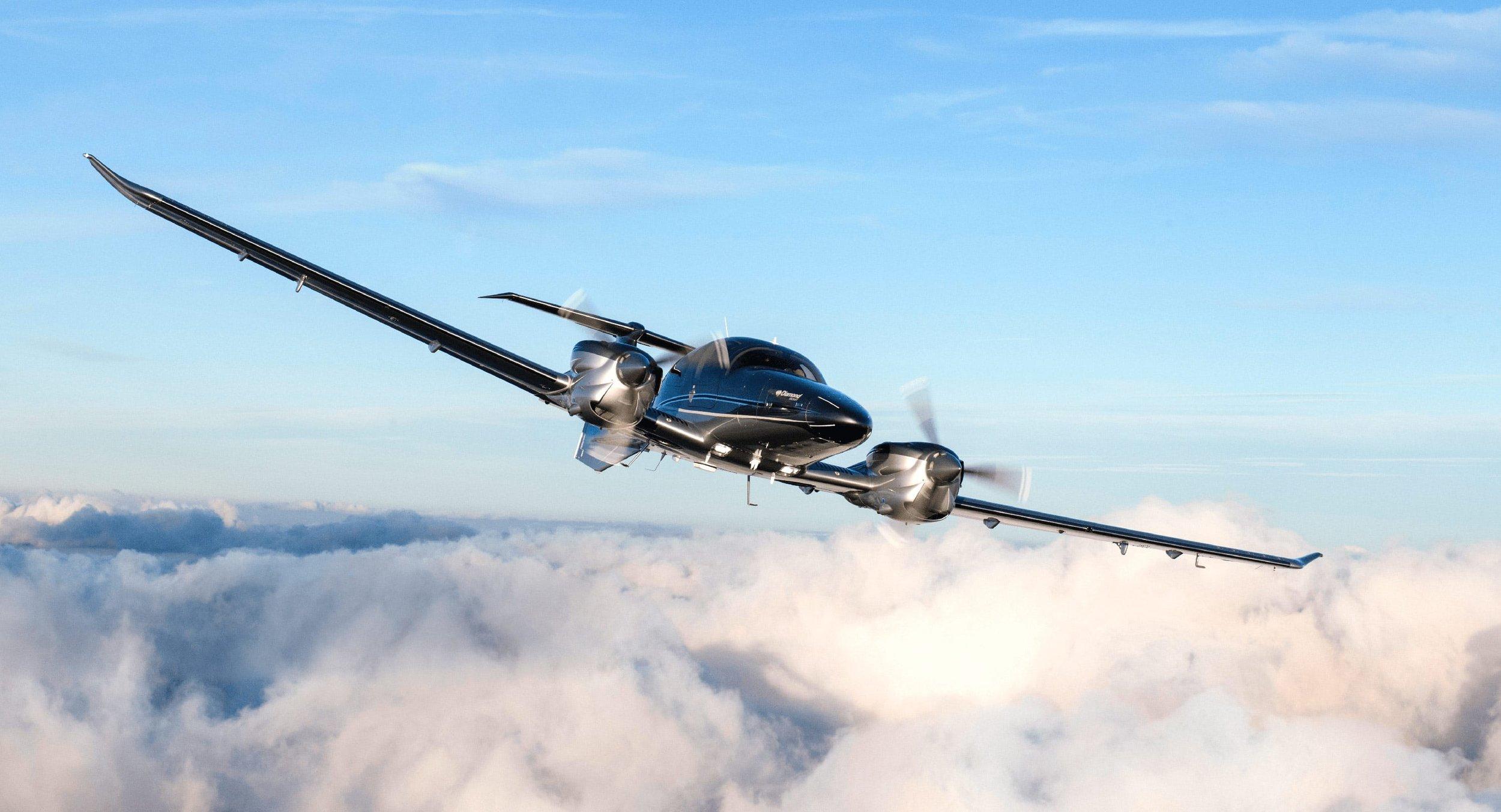 DA62-flying-g5.jpg