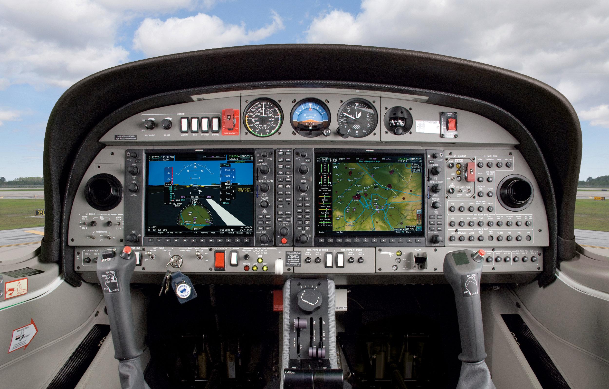 Cockpit_DA42-VI_Garmin_NXi.jpg