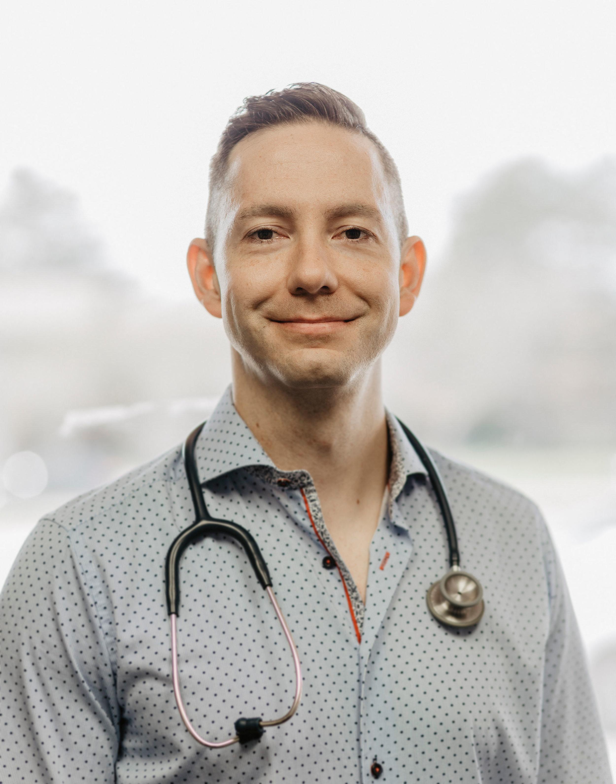 Dr Scott Macpherson - Chiropractor
