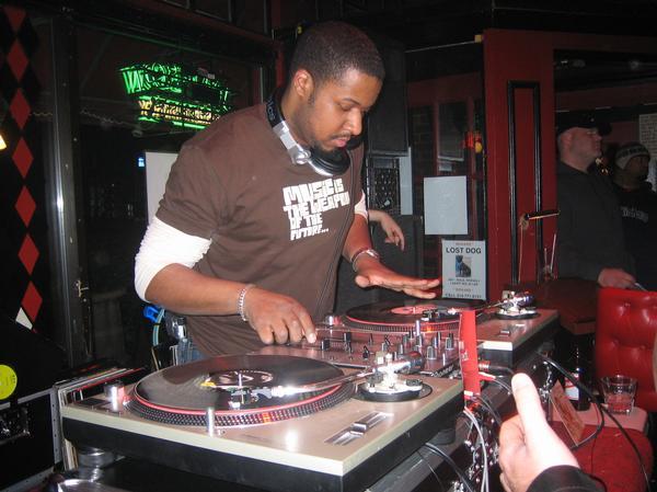 DJ+UPTOWN.jpeg