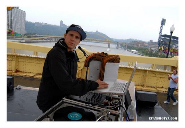DJ+NUGGET.jpeg