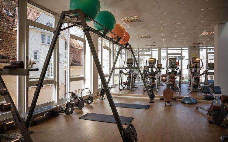 "Easy Sports FitnessTübingen - Neben ""Brechtbau"", gegenüber Mensa"