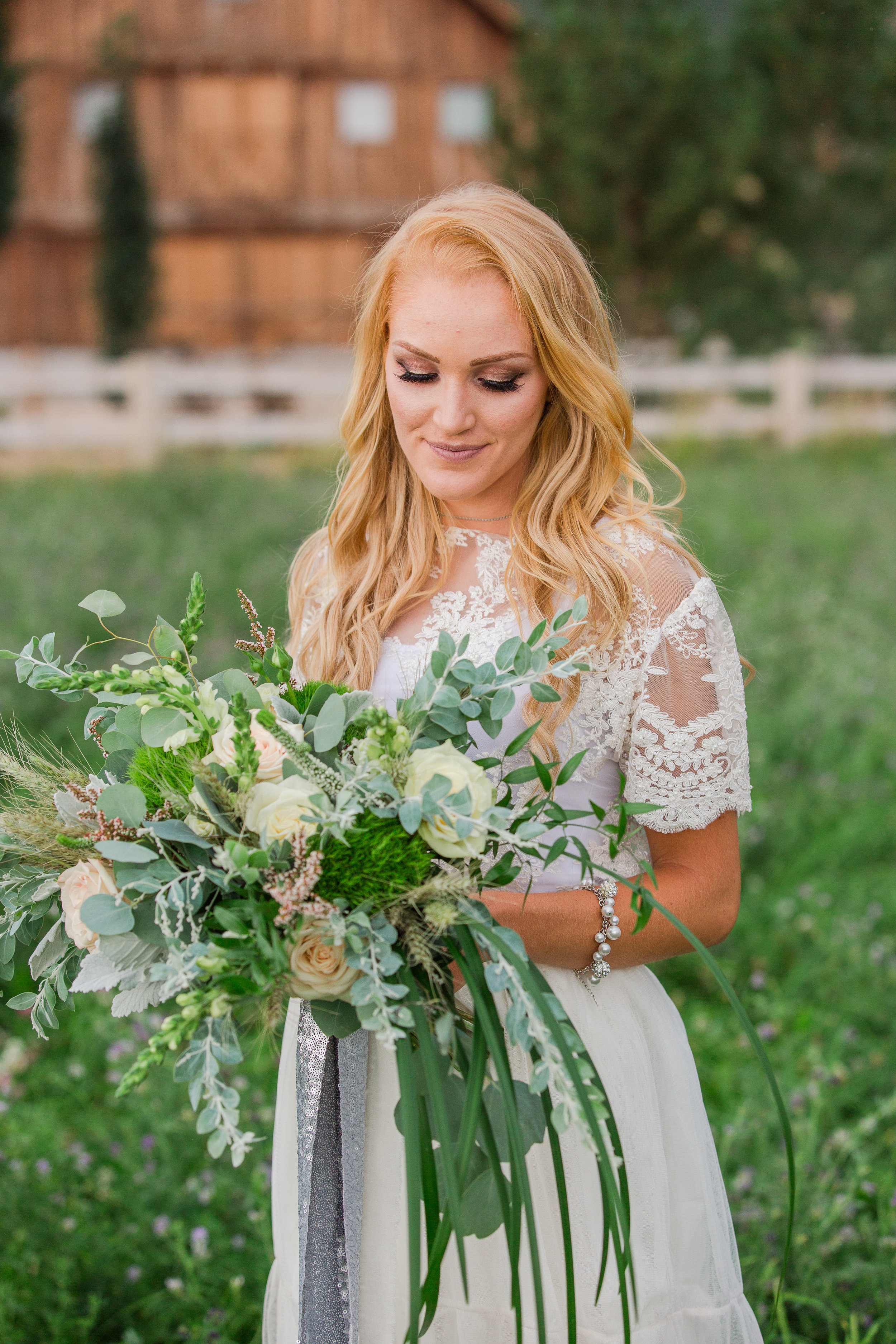Natural and Green WEdding Bouquet Inspiration