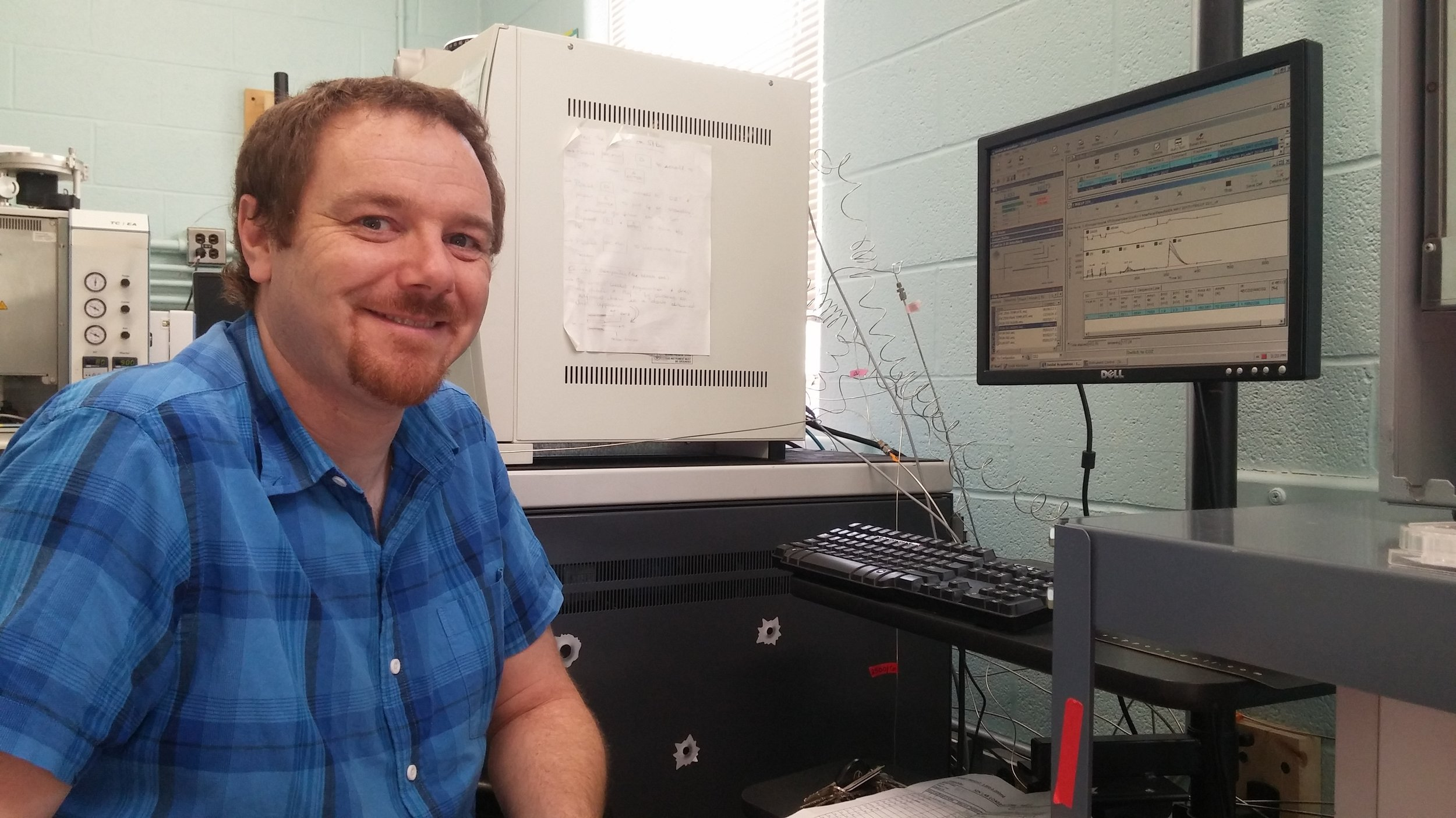 Dr. Brian Hayden, CRI at UNB postdoctoral fellow and SINLAB Science Manager, reviews recent isotope analysis data