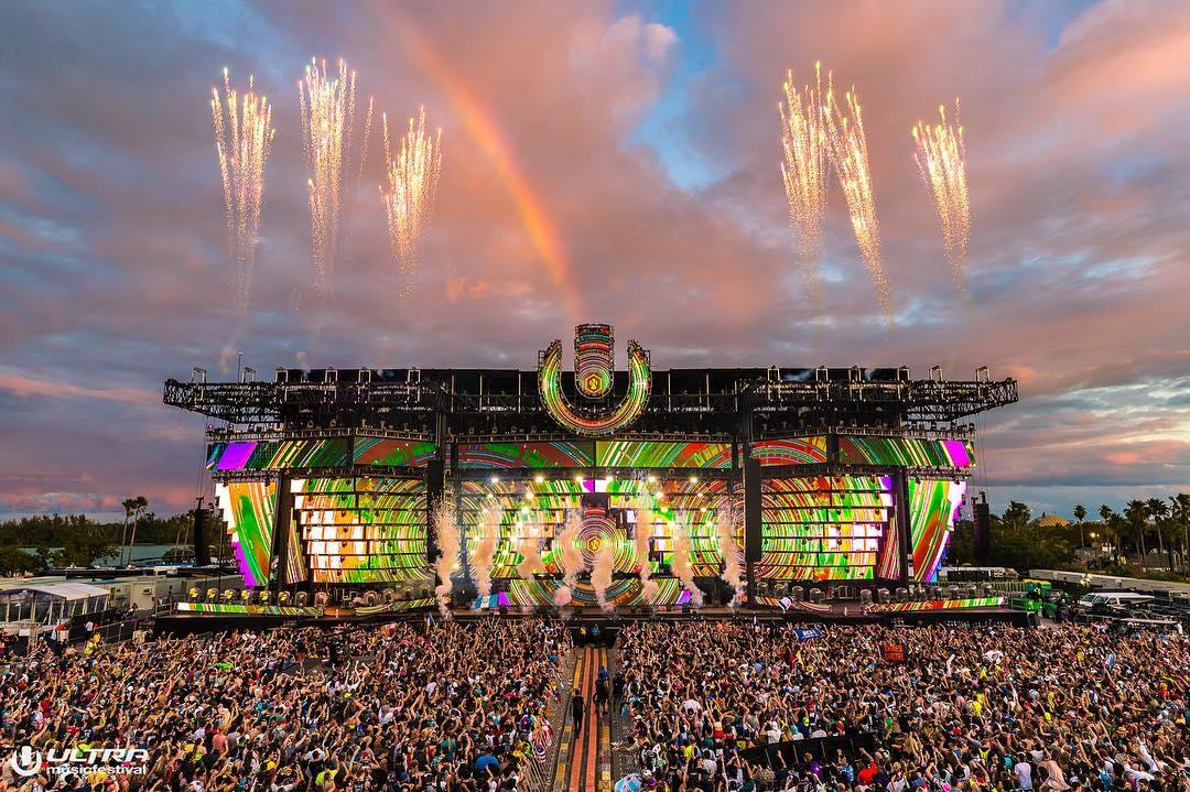 Ultra Music Festival 2019  - Truss HD+ Main Stage