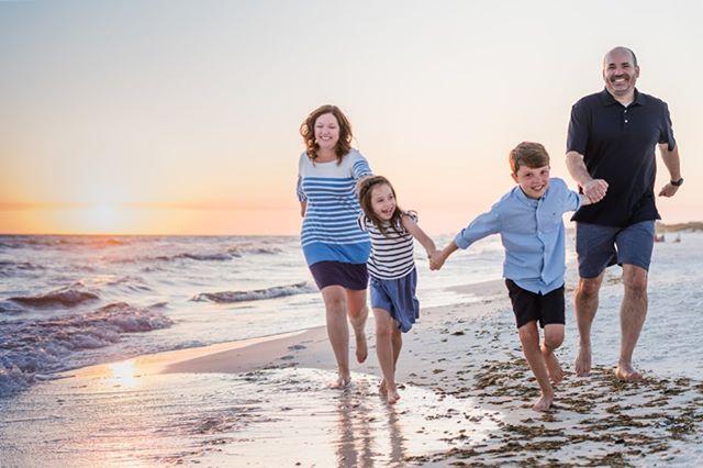 🤗 . . . . . . . #justwrightphotos #floridaphotographer  #Rosemarybeach #30A #panamacitybeachphotographer #Floridafamilyphotographer  #30Aphotographer #lifestylephotographer #peopleofjoy  #graytonbeach #savorthejourney #justgoshoot #travelingphotographer #sunsetsession #floridaphotographer  #beachlife #familyphotographer #beachphotographer #destinationphotographer #rosemarybeachphotographer #lifestylesession #exploretocreate #PCB