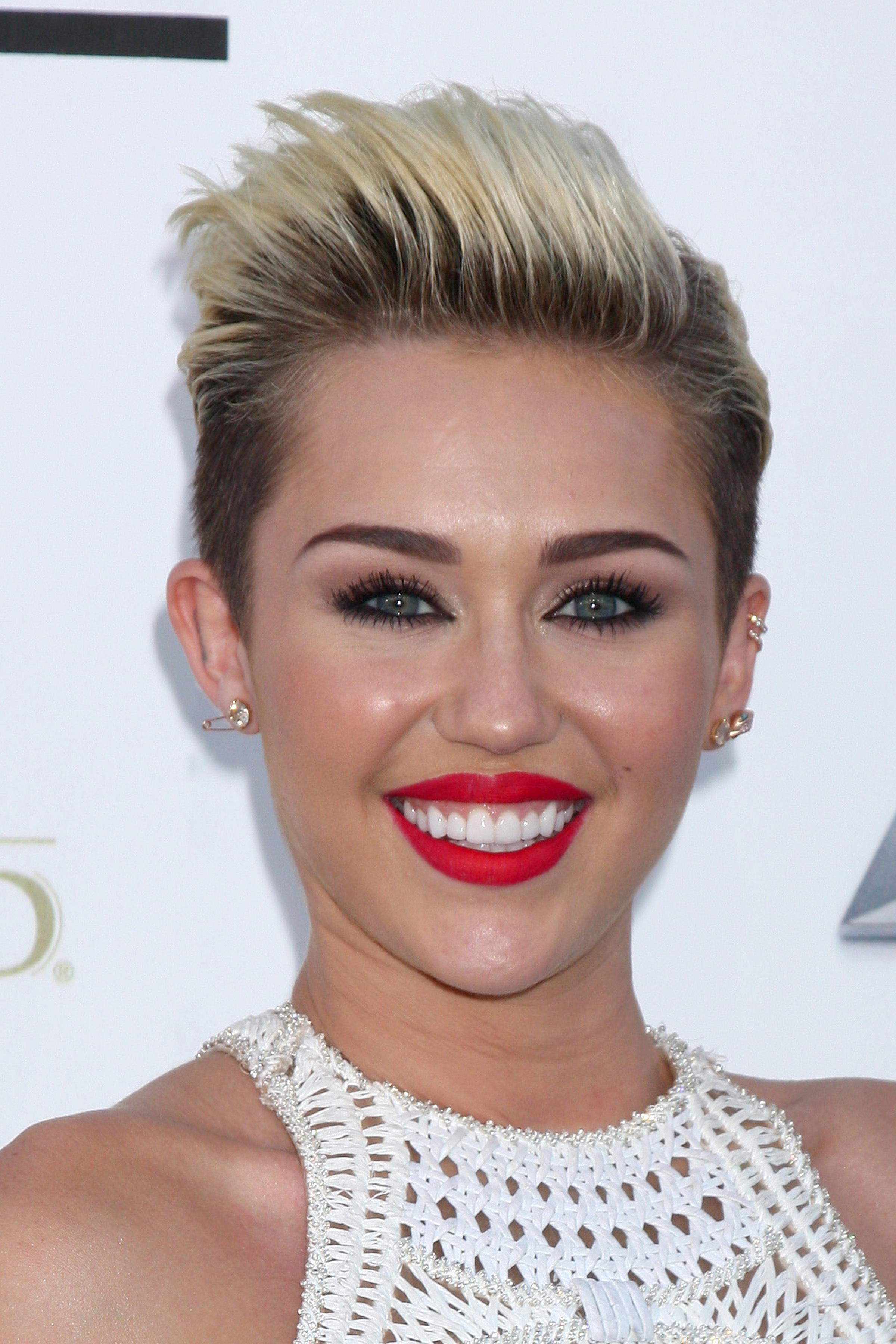 Miley Cyrus - Caesar Augustus