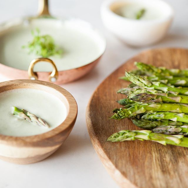 Let's all kick some ASPARAGASSSS today, shall we? #asparagus #tampafoodphotographer #cookbookphotography #recipephotography #tampachefs #tampaeats (shot for @chefrosanarivera)