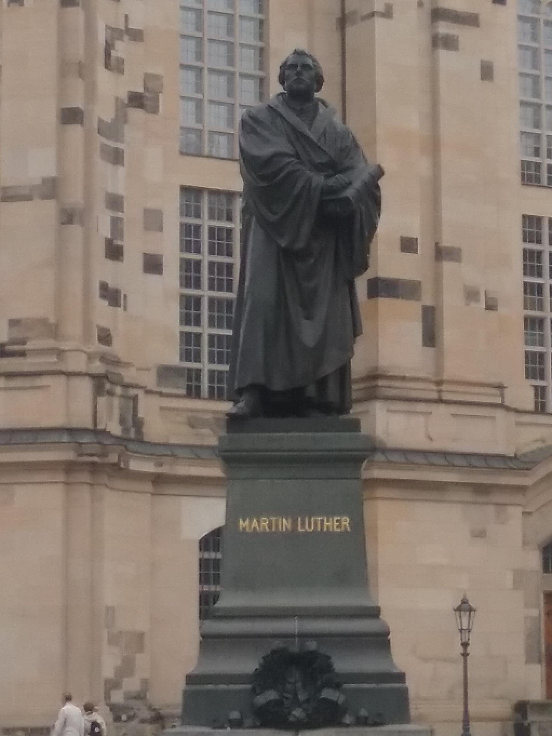 Martin Luther in Dresden.jpg