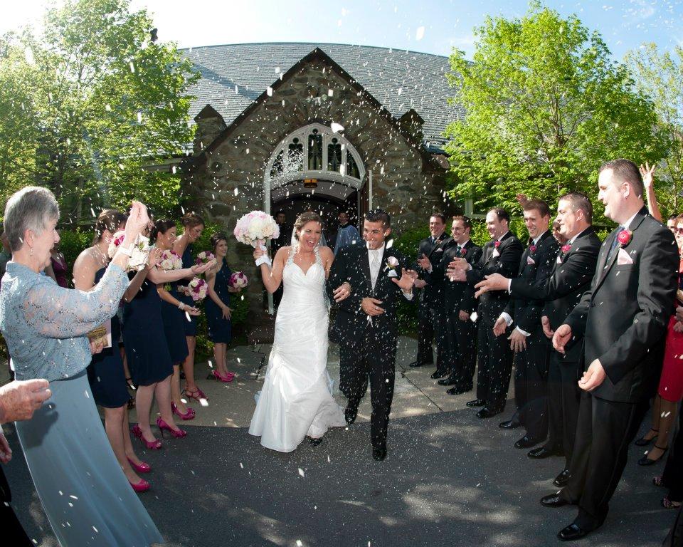 meghan and peter just married.jpg