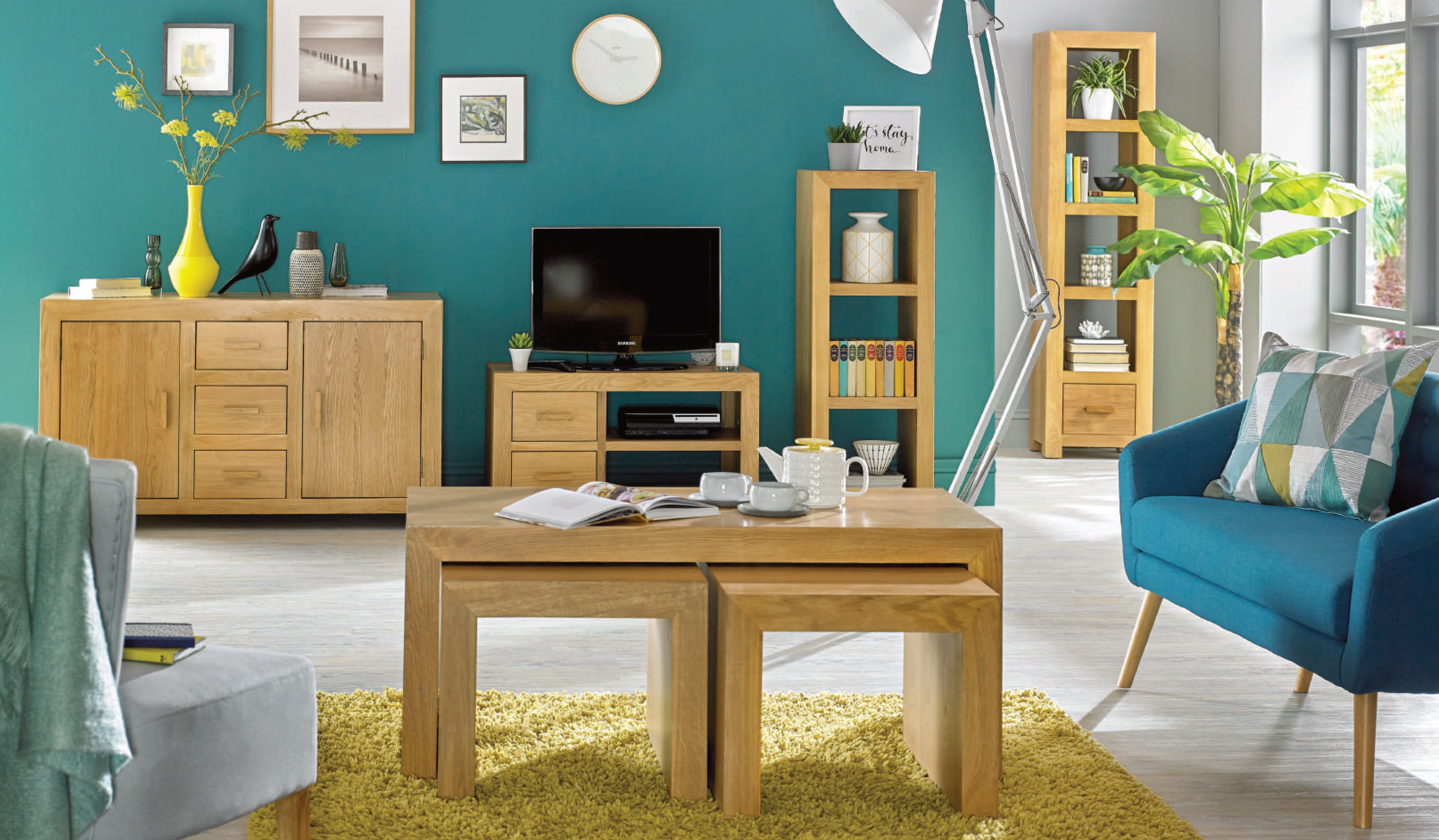 Moda Oak 4pg Brochure UB-1.jpg