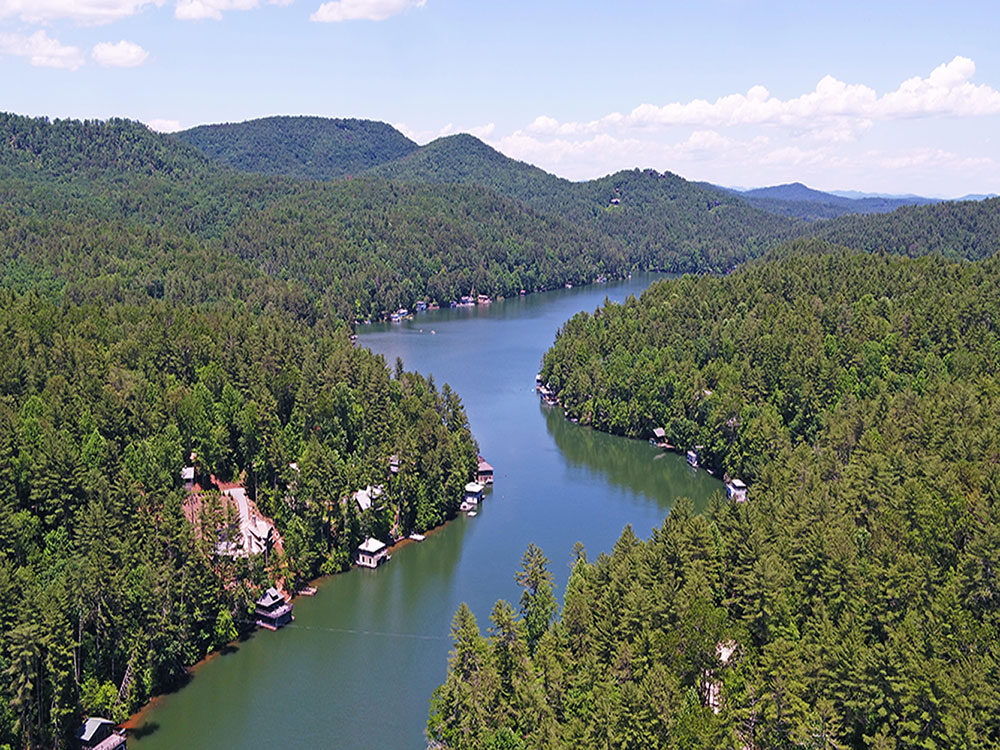 Lake_Rabun_Homes_for_Sale.jpg