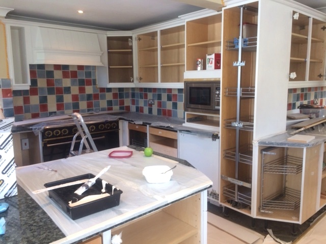 01 Little Green Shrting, Kent Kitchen before with doors removed.JPG