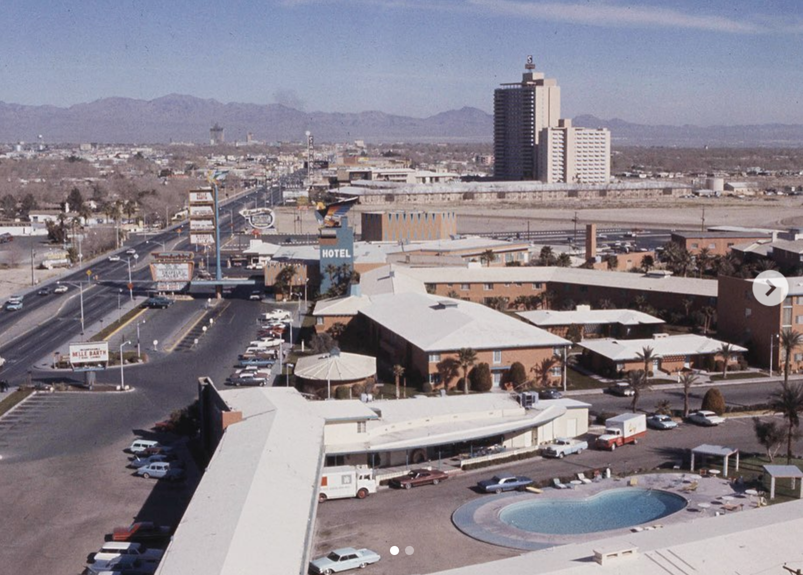 View from the Riviera, 1964, with the Algiers and Thunderbird hotels below. © Vintage Las Vegas Instagram