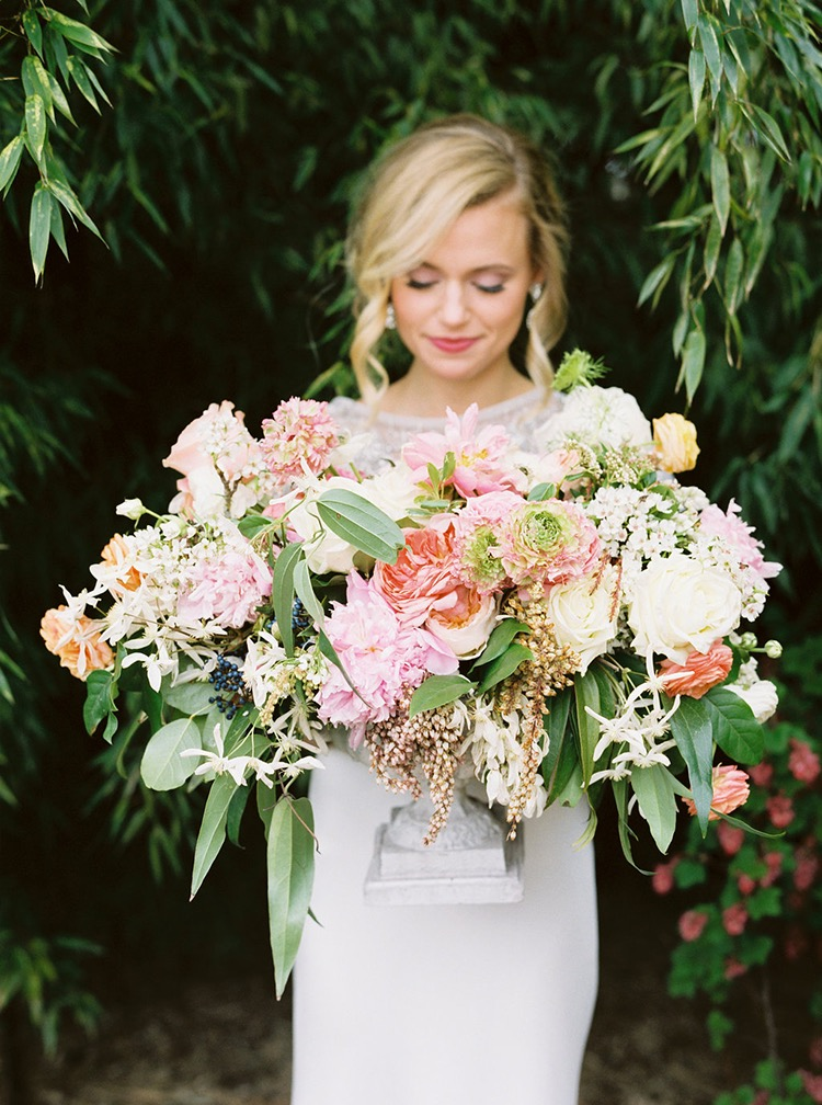 vibrant-summer-wedding-inspiration-with-bridal-fashion-80.jpg