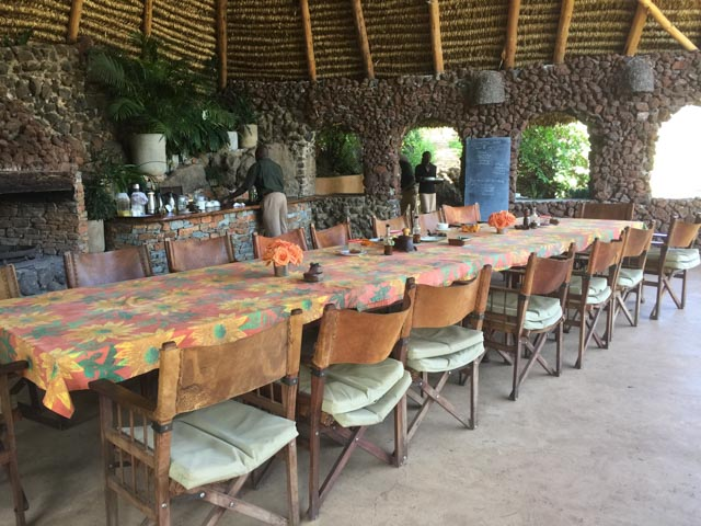 …. you can enjoy game viewing even at meals.