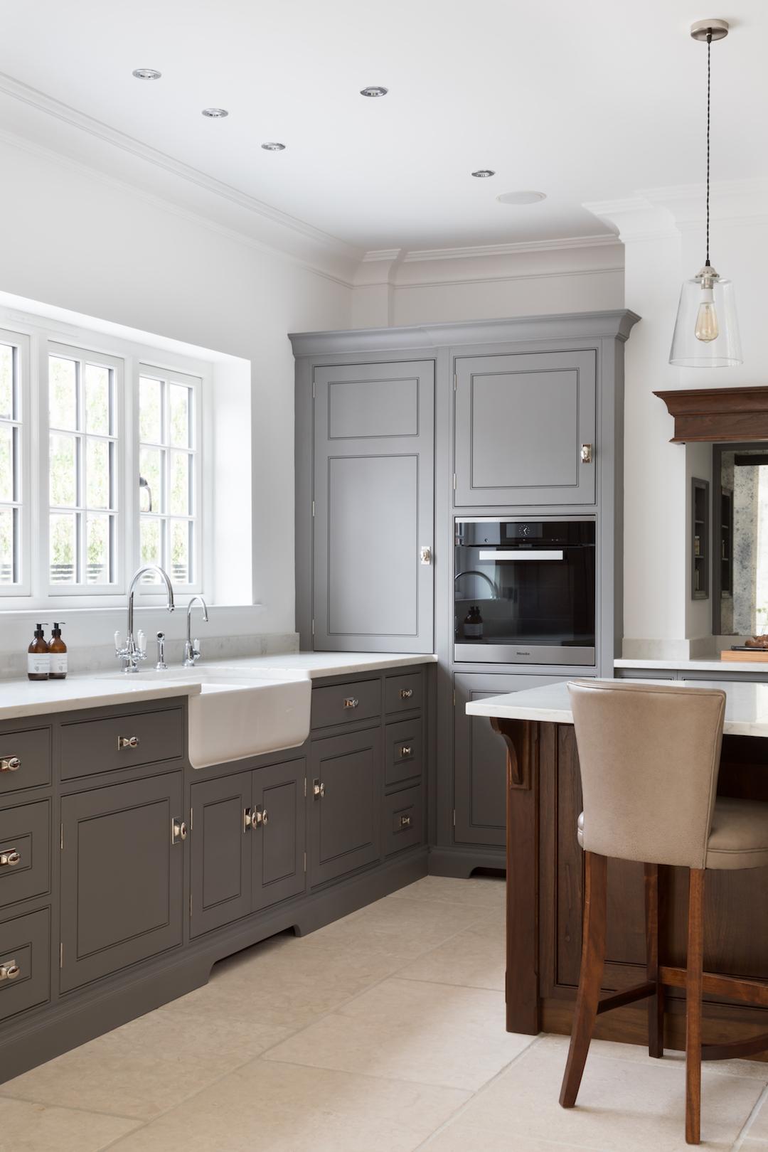 Orchard-House-Luxury-Family-Kitchen-Essex-Humphrey-Munson-14.jpg