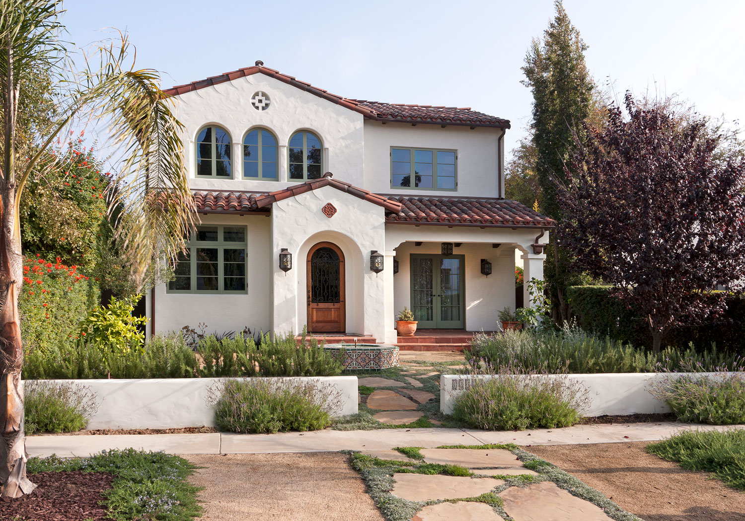 01-contemporary-spanish-drought-resistant-landscaping-front-facade-gary-drake-general-contractor.jpg