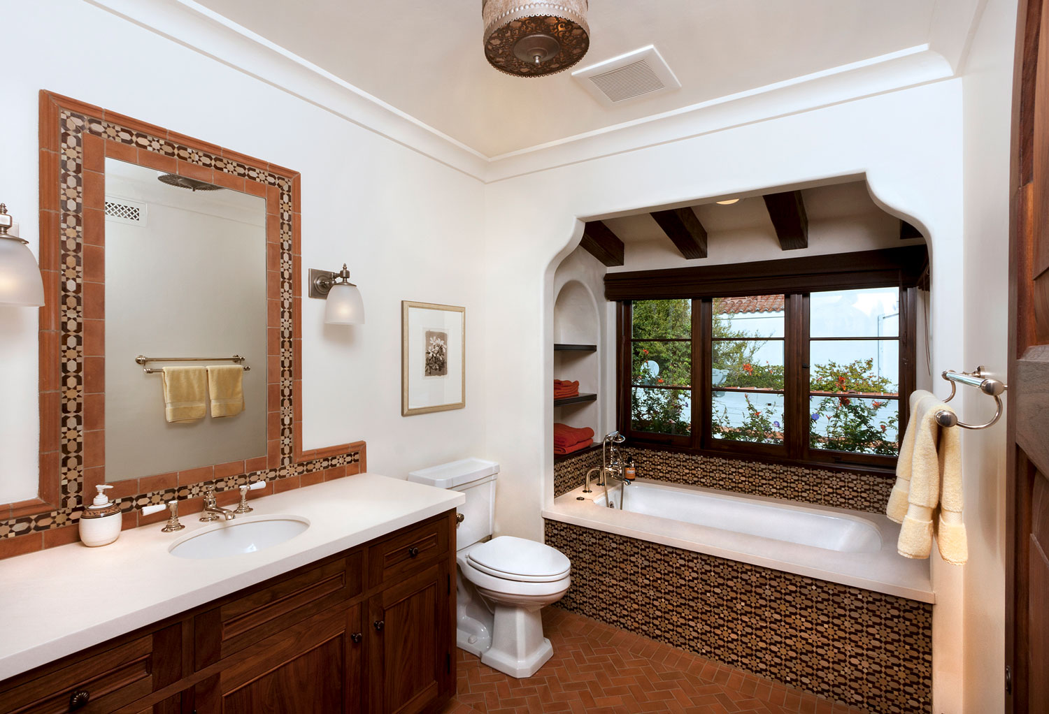 12-contemporary-spanish-bathroom-tile-tub-apron-gary-drake-general-contractor.jpg