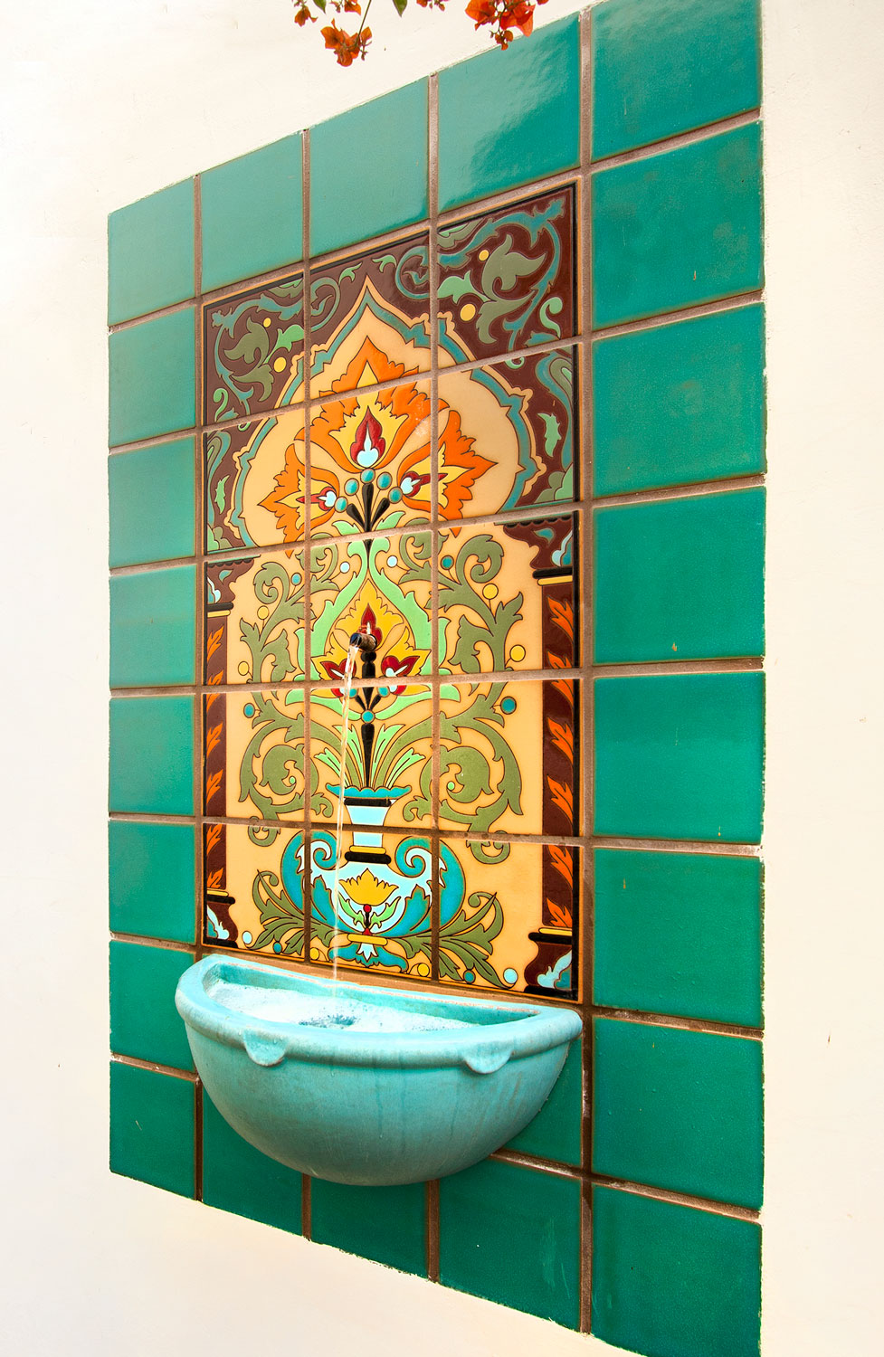 19-spanish-tile-wall-fountain-gary-drake-general-contractor.jpg