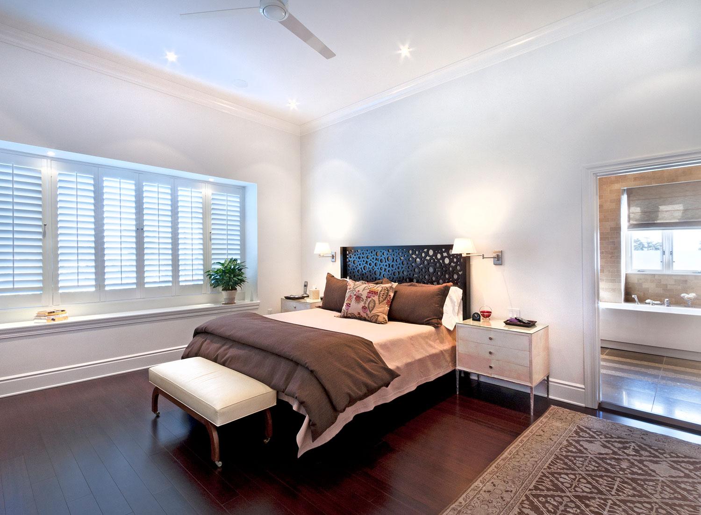 07-master-bedroom-window-bench-dark-hardwood-floors-gary-drake-general-contractor.jpg