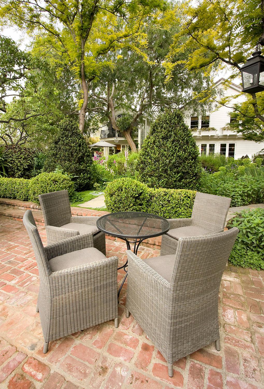 15-outdoor-dining-brick-patio-garden-gary-drake-general-contractor.jpg