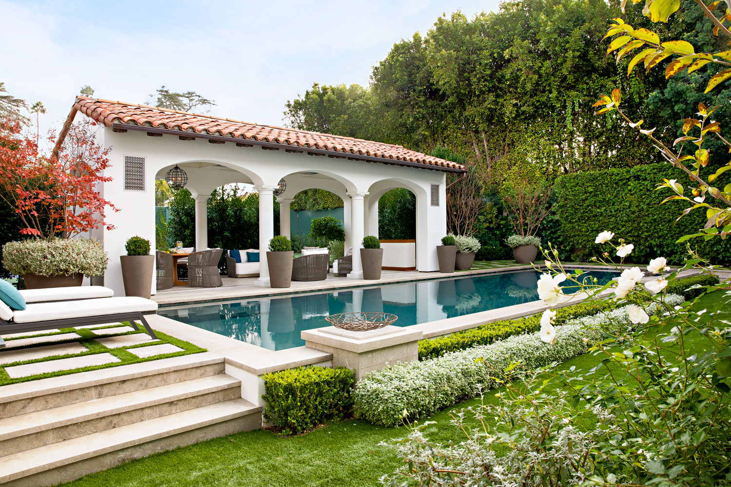 27-pool-cabana-outdoor-living-seating-gary-drake-general-contractor.jpg