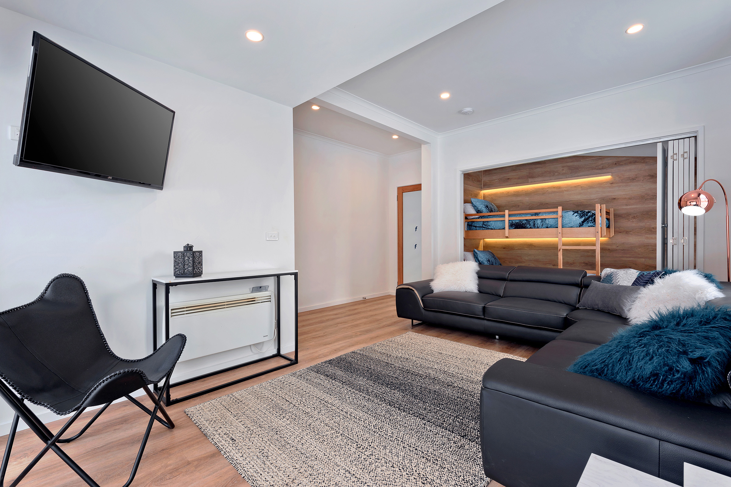 Snowview Living Room 2-2.jpg