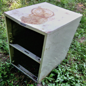 rusty filing cabinet upcycle