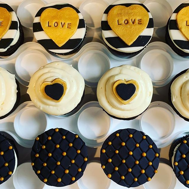 More special order #cupcakes.  These black and gold ones are blackout chocolate cupcakes with @baileysofficial cream cheese frosting.  Should be fun for engagement party @karbachbrewing. #betterwithbutter #houstonheights