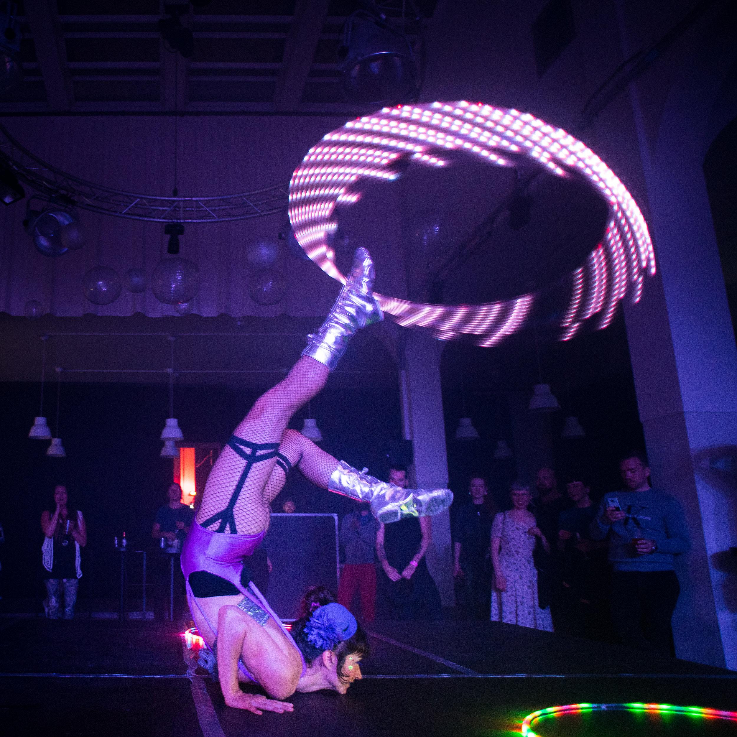 Buket Rin - acro LED by Gurra Tell.jpg