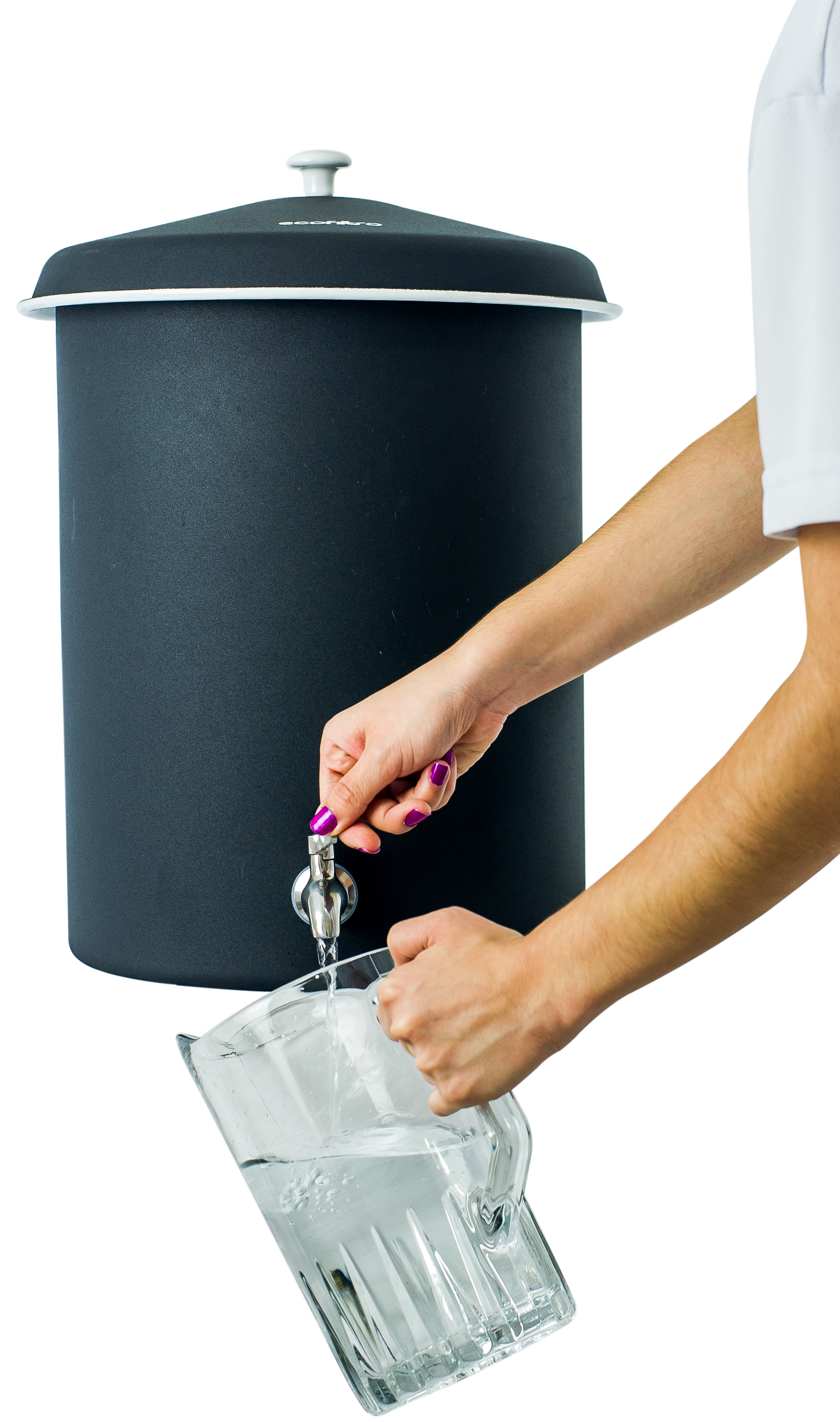 Step 3 - The Ecofiltro will provide up to 2 liters of purified water per hour.