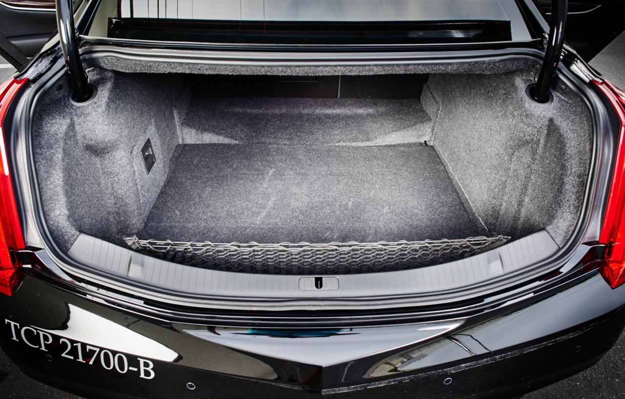 Cadillac XTS Trunk.jpg
