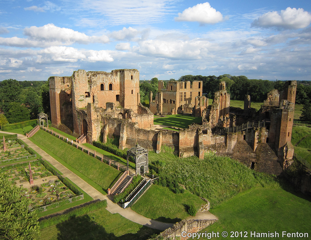Kenilworth-castle-1.jpg
