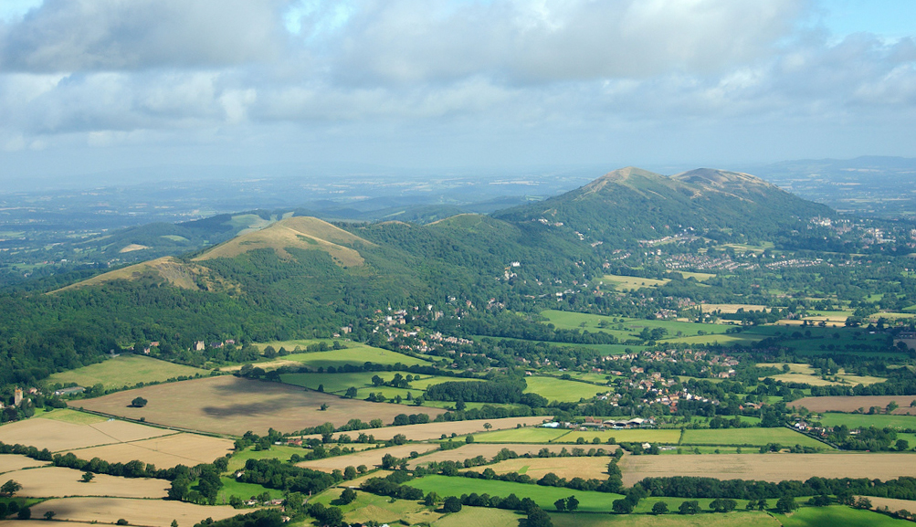 Malvern_Hills_-_England.jpg