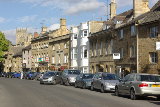 Chipping Campden High Street - Cotswold Guide
