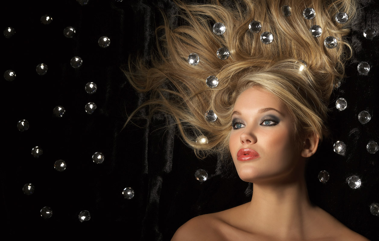 Velvet-Beauty-Shot-2-021.jpg