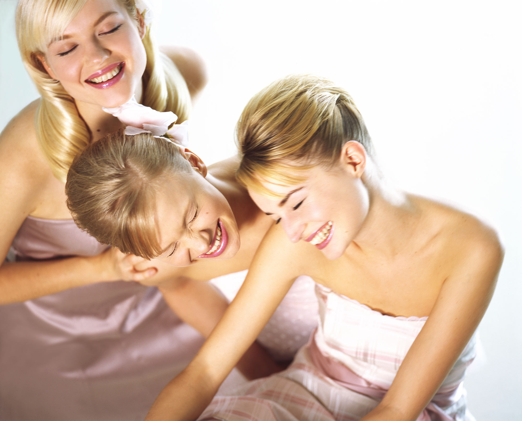 3-Girls-Beauty.jpg