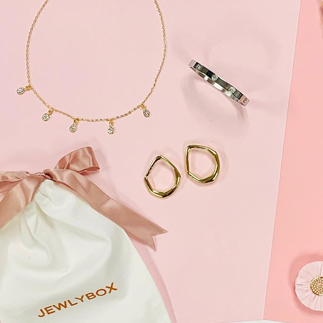 Affordable. Stylish. Delivered to you. #jewlybox