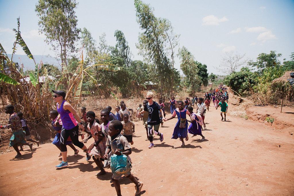 VN YODEP Village Run Many Kids.jpg