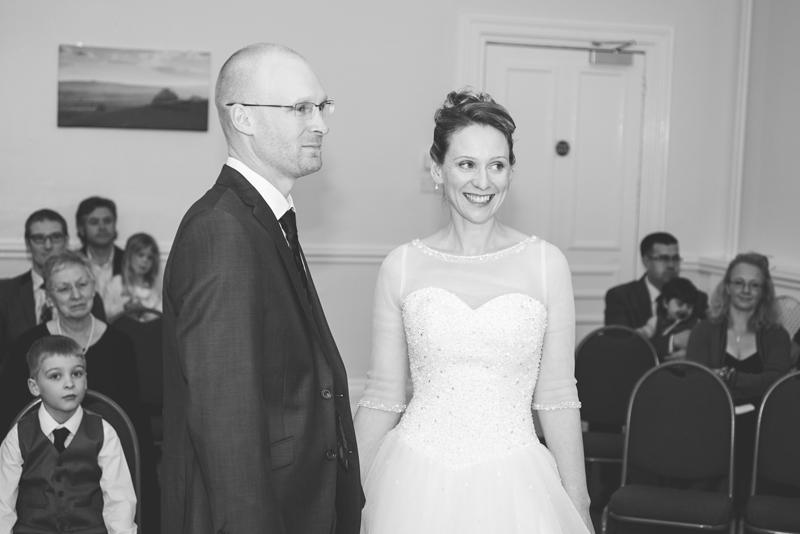 wedding-photography-at-Glebe-Hotel-Warwick16.jpg
