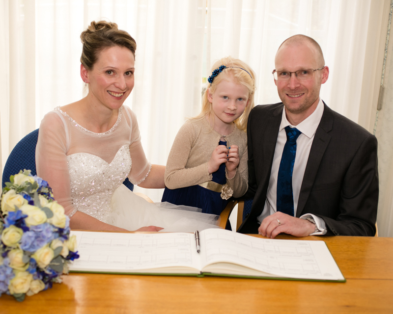 wedding-photography-at-Glebe-Hotel-Warwick20.jpg